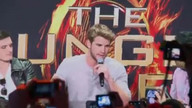 &#039;The Hunger Games&#039; Cast Kicks Off Mall Tour