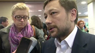 Greenpeace hope to free Russia-held oil protesters